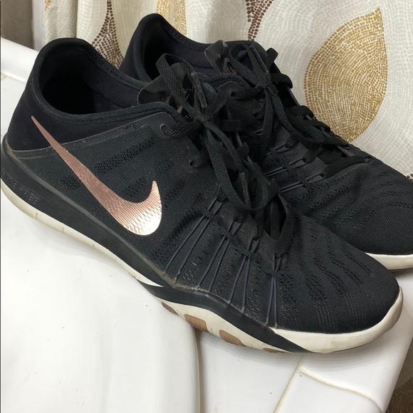 quality design 7ec02 e798b Nike free TR 6-blk rose gold. M 5a83a44200450f5b632ac78c